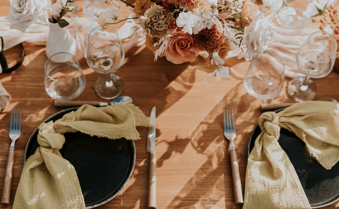 Comment penser sa déco de table de mariage ?